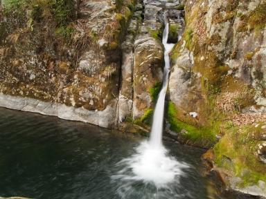 花貫渓谷 汐見滝