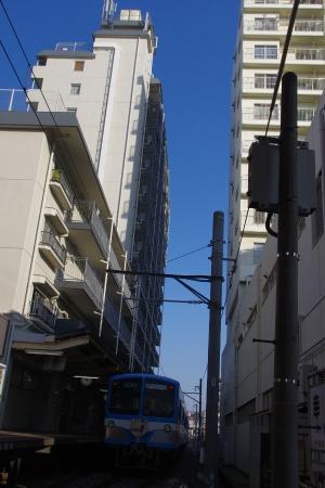 流鉄 幸谷駅