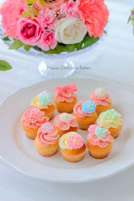 314デコレーションカップケーキ