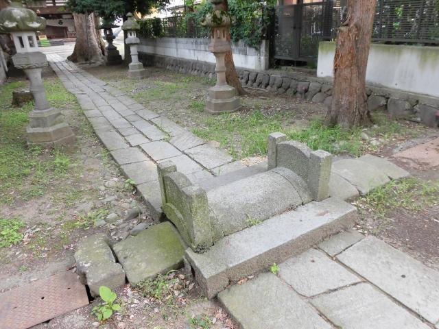武瑞穂神社の参道橋 (2)