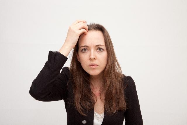 【伸ばしかけの前髪を何とかしたい!!】成人式や卒業式、入学式までに前髪を伸ばしたいけど限界な女子の為のヘアスタイル10選