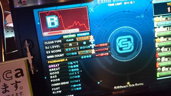 CbJ9N5NUkAAIxrm.jpg