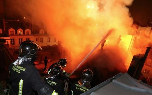hotel-lambert-pompiers2[1]