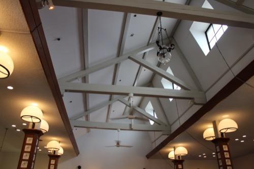 0062:倉敷アイビースクエア ホテルロビーから見るノコギリ屋根の跡