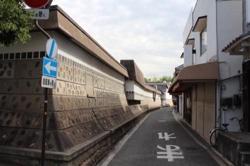 0063:大原美術館 城塀のような分館側の敷地境界塀②