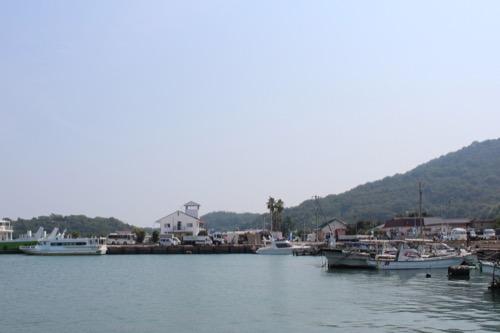 0065:豊島美術館 豊島の玄関口になる家浦港