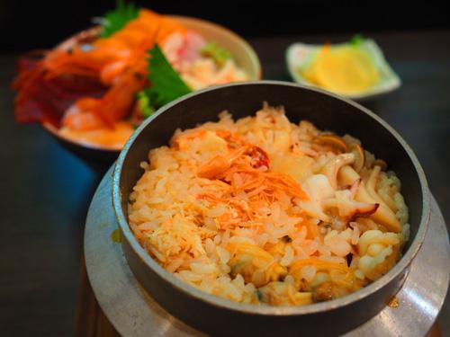 オホーツク海の海鮮釜飯