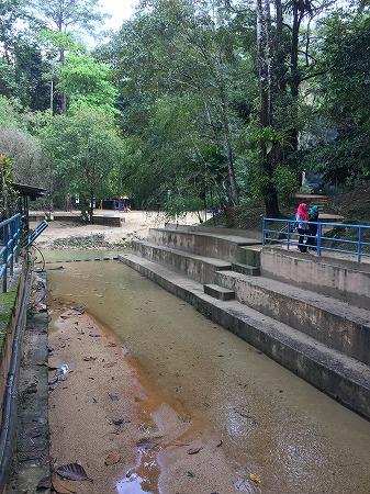 Linangの滝入口