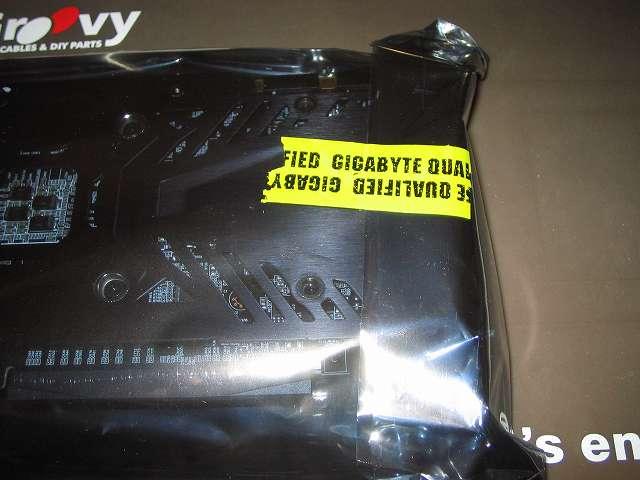 GIGABYTE GV-N970G1 GAMING-4GD ビデオカード静電防止袋開封