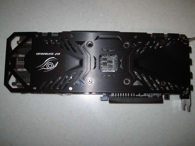 GIGABYTE GV-N970G1 GAMING-4GD ビデオカード本体 バックプレート側