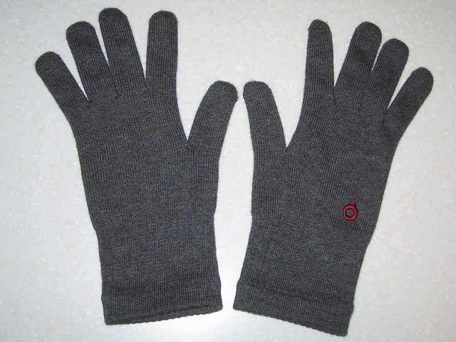 寒さ対策用に購入した冷えとり靴下の 841(ヤヨイ)フィット手袋(サイズ L)(色 グレーミックス)