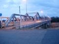 160221上狛側から泉大橋を渡る