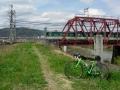 160402京阪鉄橋と京阪電車と御幸橋遠景