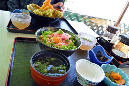 天丼とネギトロ丼