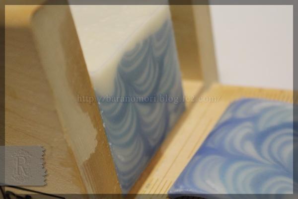 33色グラデーション 石鹸 20160401