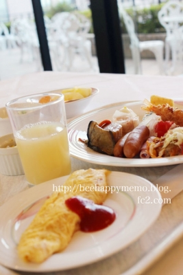 産院の朝食