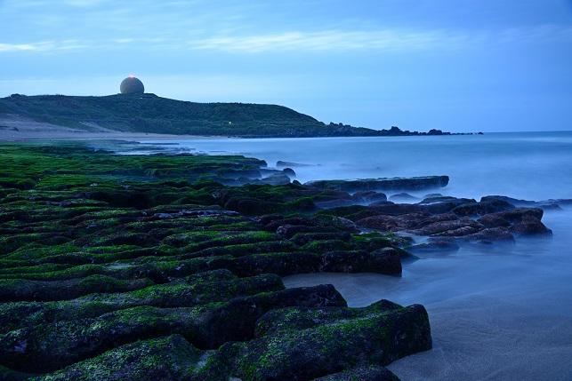 黄昏時の海岸で(3)