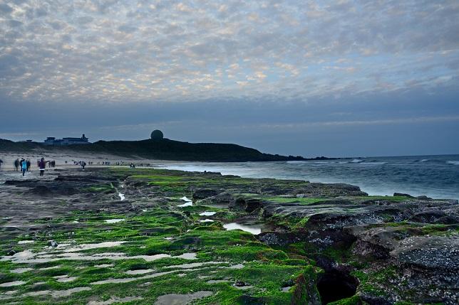 黄昏時の海岸で(1)