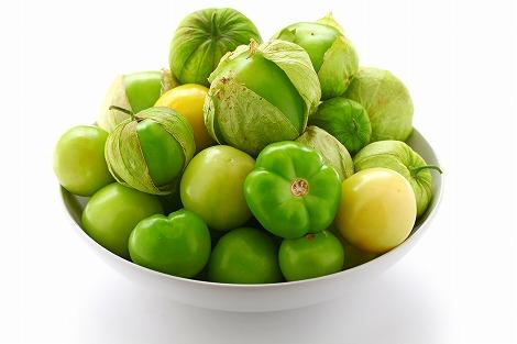 bigstock-green-tomatillo-fruits-salsa-37112200.jpg