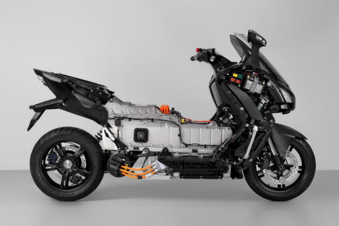 bmw-c-evolution-48.jpg