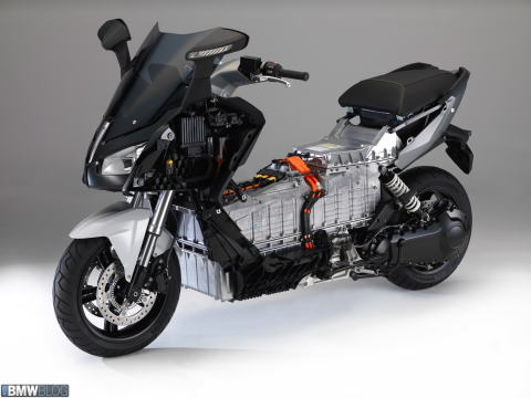 bmw-c-evolution-images-22.jpg