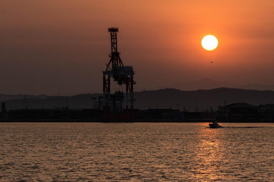 2016.02.28金沢港からの日の出5