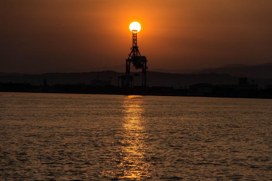 2016.02.28金沢港からの日の出6