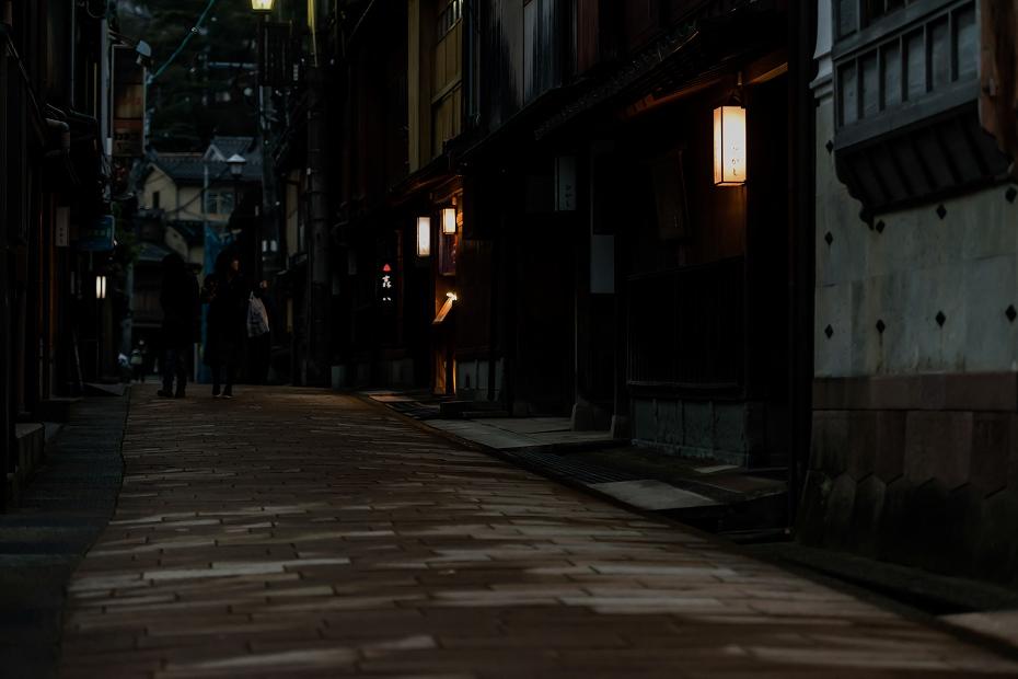 2016.03.08ひがし茶屋街の夕暮れ1