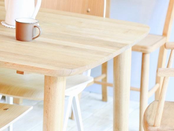 ポニーテーブル