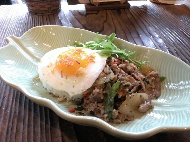 豚肉のガパオ炒めご飯 ブログ用