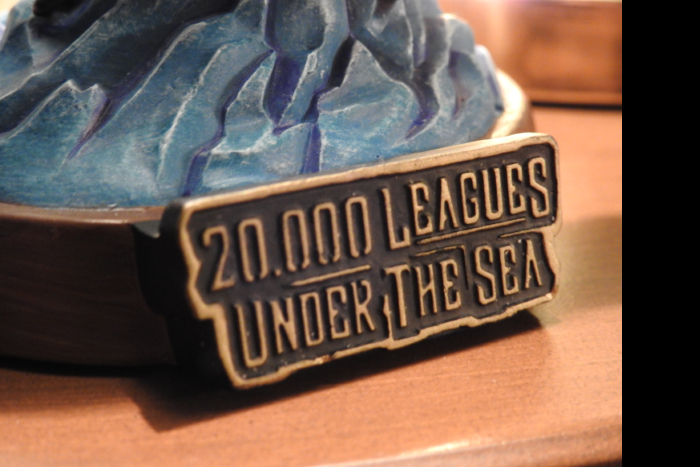 ディズニーシー 海底2万マイル フィギュアリン タイトル