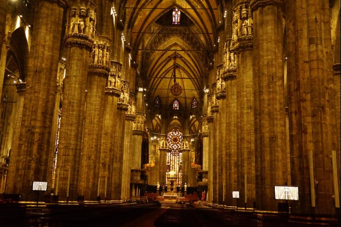 ミラノ 大聖堂 内部 2016-3