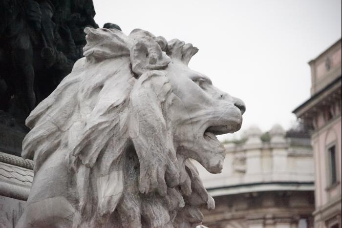 ミラノ 大聖堂前 広場 2016-3