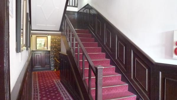 うろこの家階段