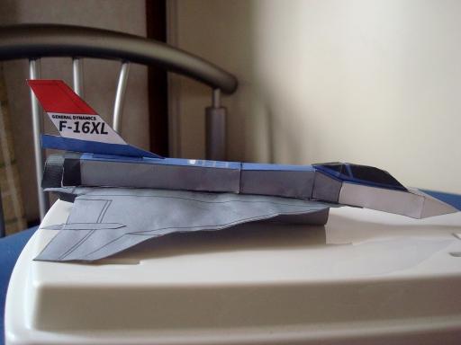 F-16XL_side.jpg
