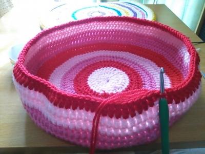 かぎ針編み 猫用ベッド アクリル毛糸 2本取り