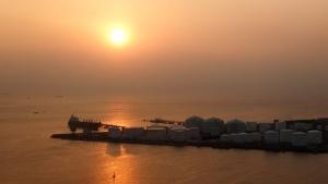 千葉ポートタワーから夕陽