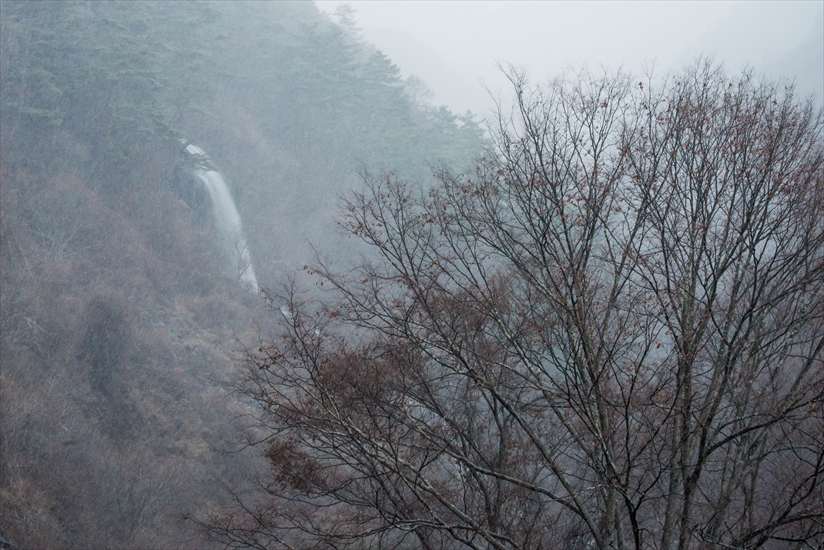 雪の乙女滝