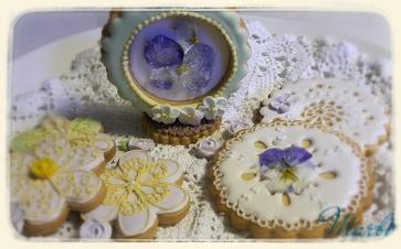 edibleflower cookies16-2-22