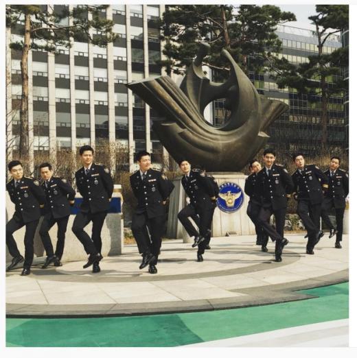160401ソウル警察フラッシュモブチャミ