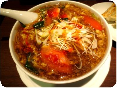 フレッシュトマトの海老サンラータン麺