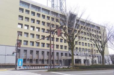 市役所とステーション