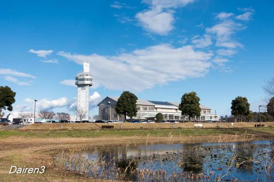 邑楽町役場とシンボルタワー