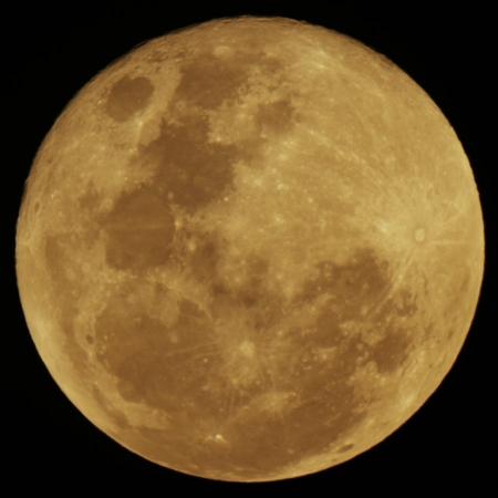 20160223-moon-1900.jpg