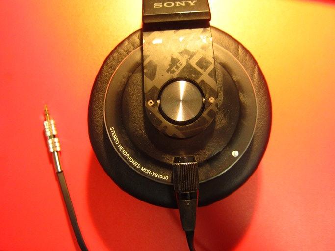 SONY製ヘッドホン・MDR-XB1000の断線の修理画像です。160214IMG_2103.jpg