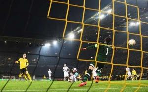 fmarco-reus-goal-borussia-dortmund-3-0-tottenham-hotspur-highlights-1457643589-800.jpg