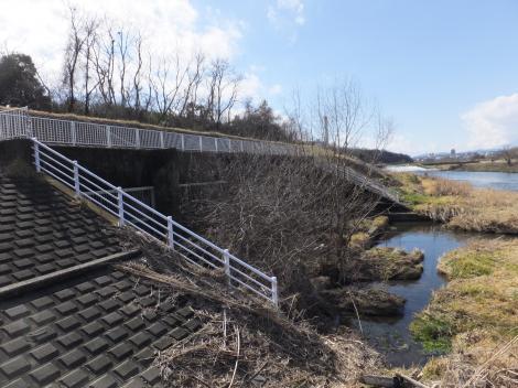 三沢川分水路・多摩川合流点施設