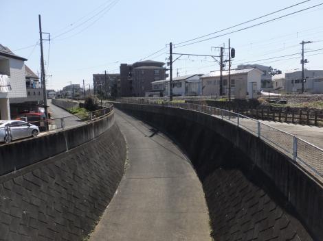三沢川上布田搬入路