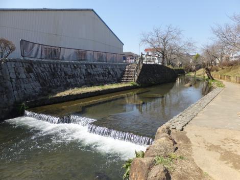 二ケ領用水・一本圦堰河川表流水取水工法