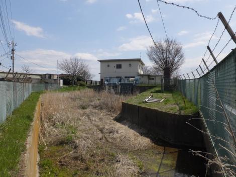 鶴巻排水機場の流入渠